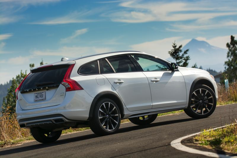 PAMPLIN MEDIA GROUP: JOHN M. VINCENT - Satin chrome side sills and a rear skid plate and diffuser give the V60 Cross Country a look thats distinct from standard V60 models. Cargo space is flexible, with a standard 40/20/40-split rear seat.