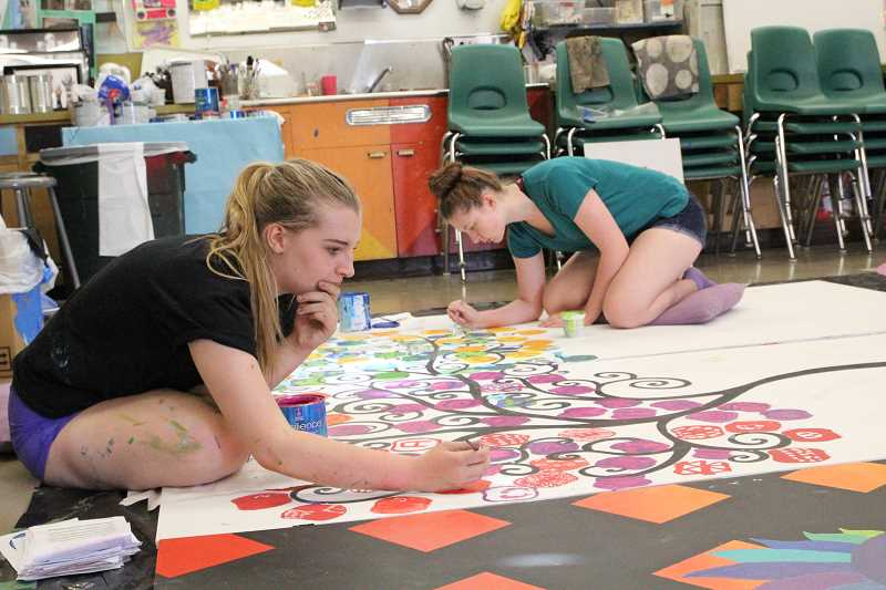 North Marion students to unveil second mural