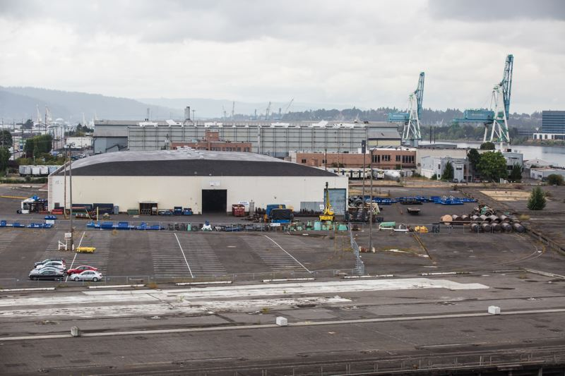 PORTLAND TRIBUNE: JONATHAN HOUSE - Commssioner Dan Saltzman wants the open a large homeless shelter in this warehouse at Terminal 1.