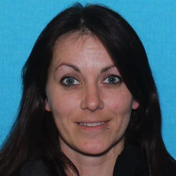 Family of St. Helens woman organizes search