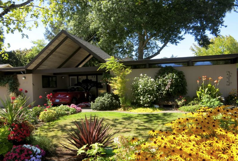 SUBMITTED PHOTO - Homes built by Robert Rummer will be the subject of a tour in the Oak Hills neighborhood on Sept. 17.