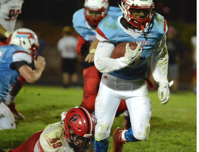 THE OUTLOOK: DAVID BALL - Centennial running back Shawn King breaks away from Oregon City linebacker Tanner Smith.