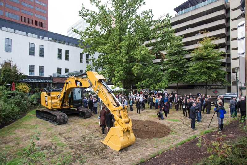JONATHAN HOUSE - The new Multnomah County Courthouse broke ground this morning, at the corner of Southwest Madison Street and First Avenue.