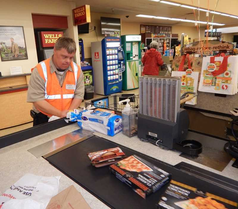 Perfect BARBARA SHERMAN   Safeway Courtesy Clerk Andy Gardner Likes The Challenge  Of Bagging Groceries, Including Regard To Courtesy Clerk