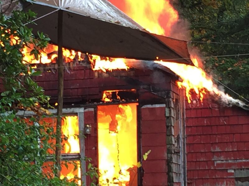 House fire in Rainier displaces one