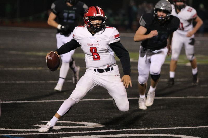 West Salem solves injury-riddled Oregon City, 42-30