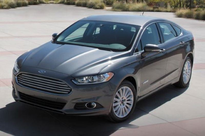 Pamplin Media Group Test Drive 2017 Ford Fusion Hybrid