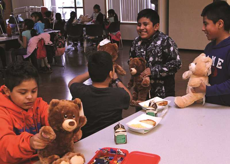 Build-A-Bear donates toys to Nuevo Amanecer Boys and Girls Club