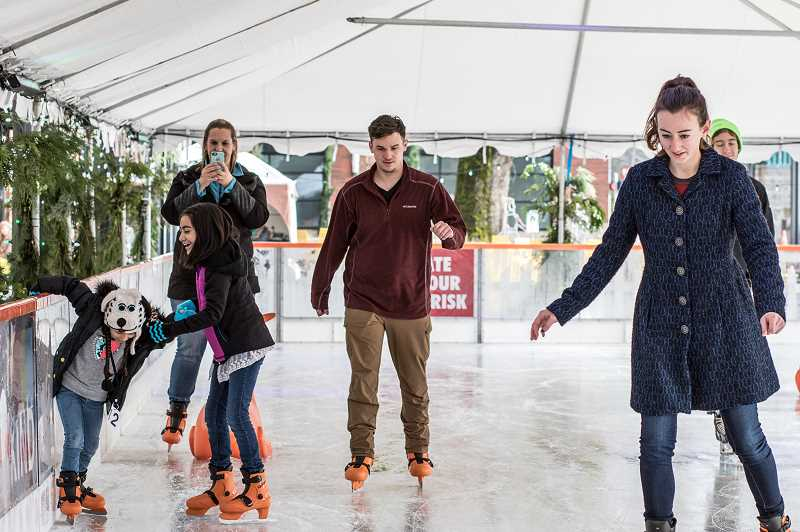 Outdoor ice skating rink returns to Orenco Station