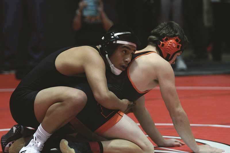 Wrestling: Woodburn places seventh at Oregon City tournament