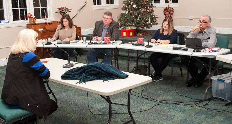 Tualatin City Council interviews seven for appointment to council seat on an icy night