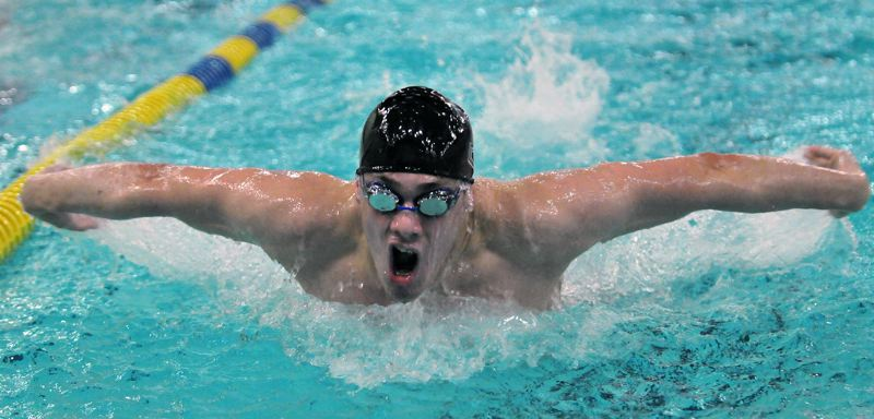 Wolves swim to sweep at Newberg