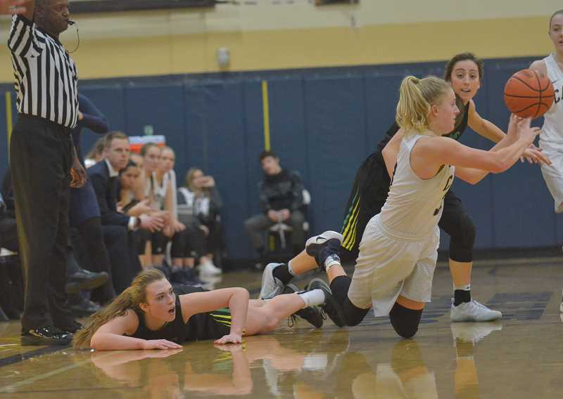 Girls basketball: Canby upsets No. 6 West Linn at home