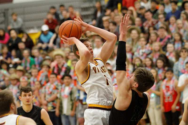 Vikings lose close one to No. 3-ranked West Salem, 50-49