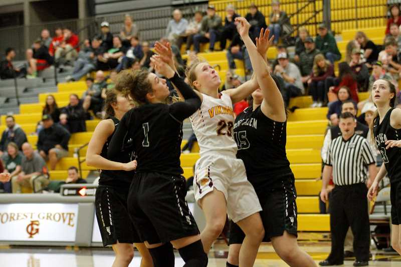 Viking girls fade in the second half, fall to West Salem