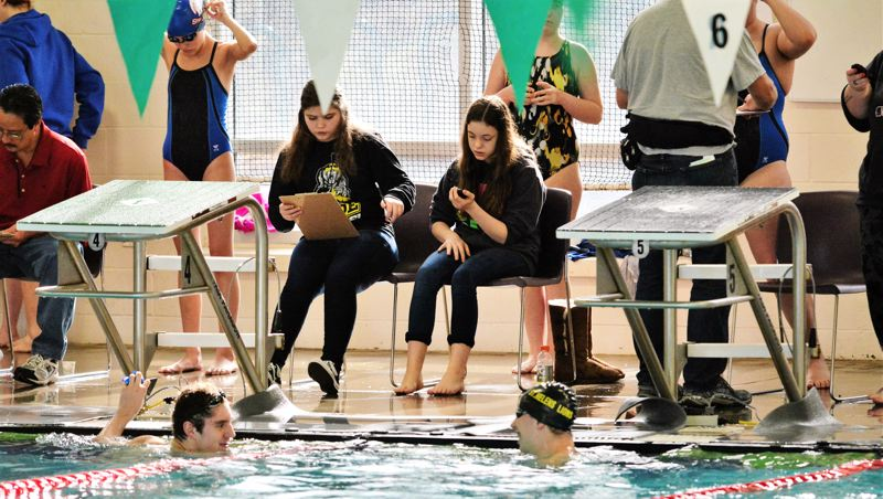 CLASS 5A SWIMMING STATE CHAMPIONSHIPS PREVIEW: Howard and Parkhurst seek Lions' first titles in 63 years