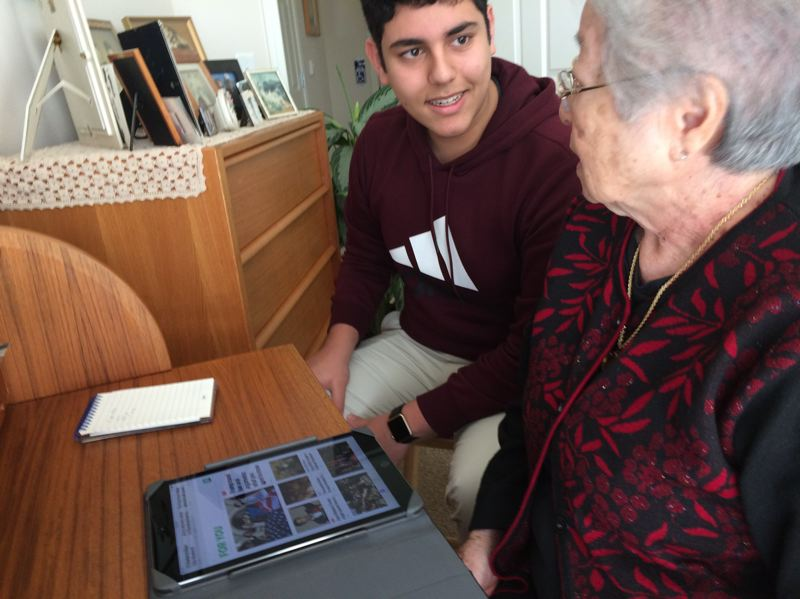 Teen builds bridges to seniors by helping with their technology