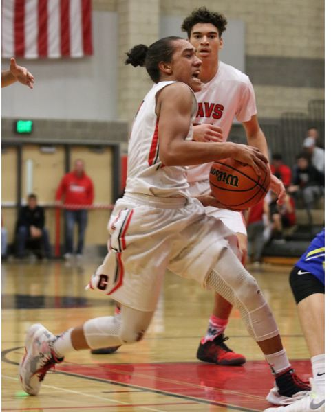 Defense lifts Clackamas to Senior Night blowout, 78-55
