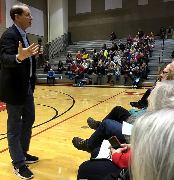 PAMPLIN MEDIA GROUP: PETER WONG - Wyden answered questions from the audience duirng his town hall Saturday, Feb. 18, at Oregon City High School.