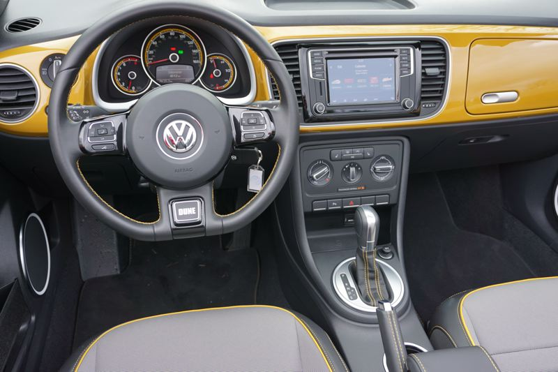PORTLAND TRIBUNE: JEFF ZURSCHMEIDE - The 2017 Volkswagen Beetle Dune comes standard with the best of the company's navigation, infotainment, and driver comfort features. They include a 6.3-inch touchscreen infotainment and control center, satellite radio, navigation, and VW's Car Net smart phone integration system, plus support for both Apple CarPlay and Android Auto.