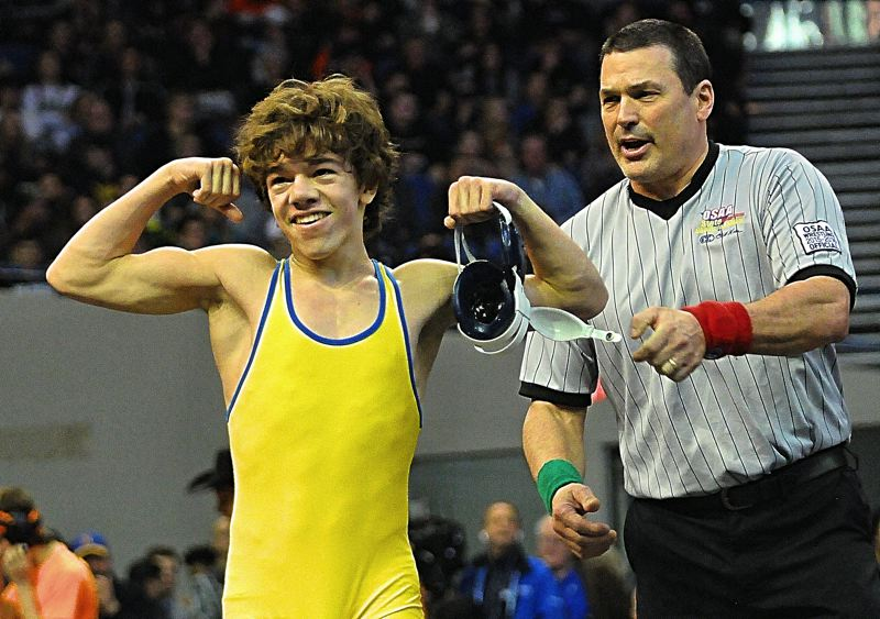 Newberg wrestling takes third in 6A for second straight year