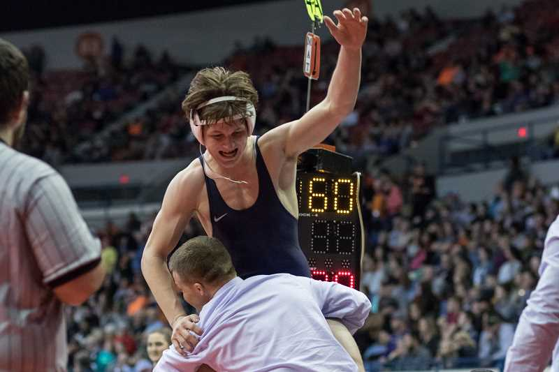 Banks' Thiessen wins state title, Braves finish ninth