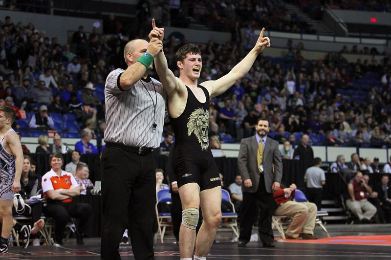 Sean Harman's championship leads West Linn wrestlers to seventh at state