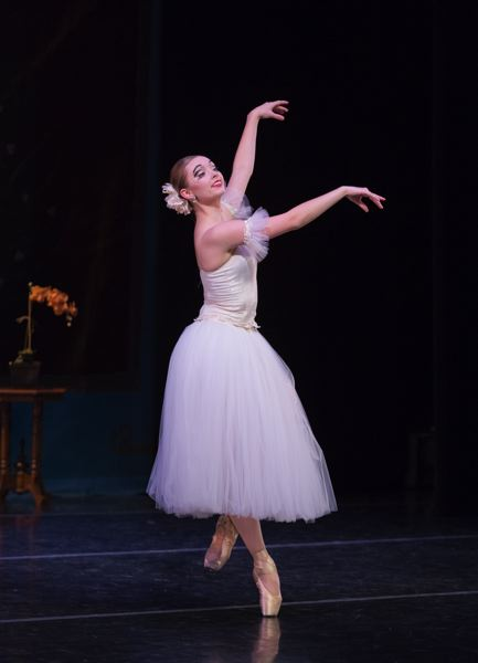 Oregon City resident Naomi Rux to appear in Portland Ballet's dancers showcase