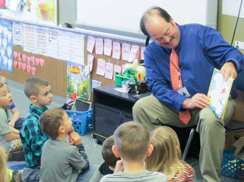 ESTACADA NEWS PHOTO: EMILY LINDSTRAND - Kindergarteners at River Mill Elementary School enjoyed a visit from Mayor Sean Drinkwine on Wednesday, March 1.