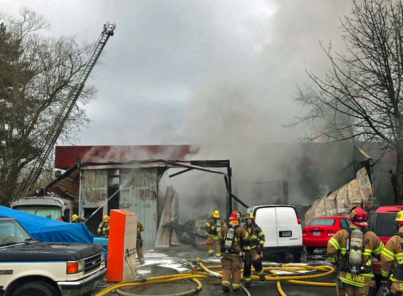 Fire destroys auto shop in Tigard