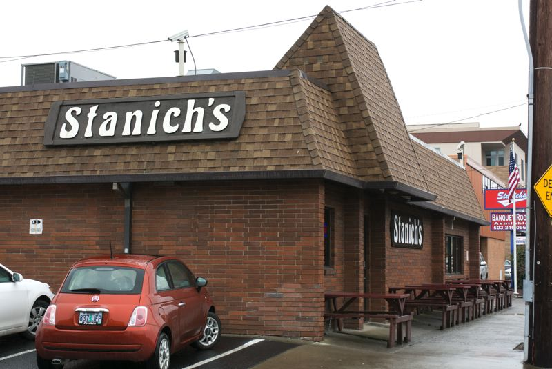 PAMPLIN MEDIA GROUP: JOHN M. VINCENT - Stanichs was a sports bar before sports bars were a thing. Its located on NE Fremont Street, and its open just five days per week -- Wednesday through Sunday. Its hours on Sundays are flexible, just in case a football game should go into overtime.