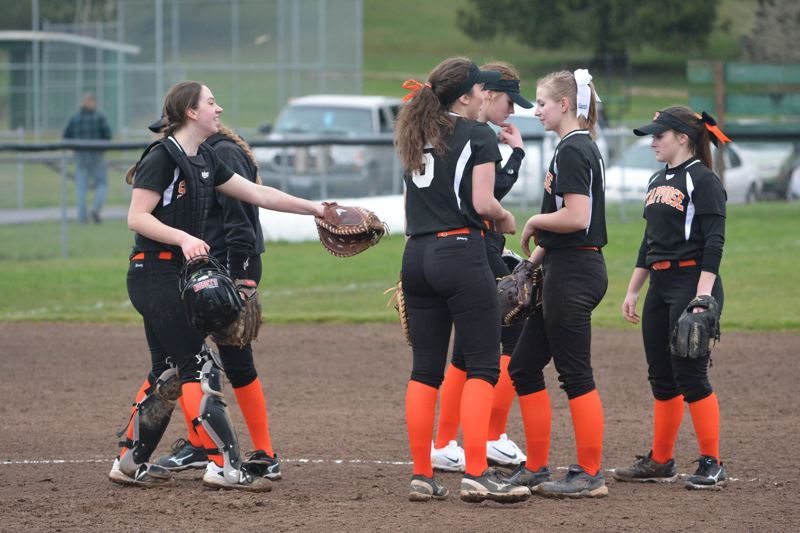 Indians softball can catch fire against Corbett, Sweet Home at Bend Spring Break Tournament