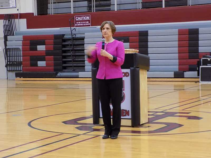 GAZETTE PHOTO: RAY PITZ - Suzanne Bonamici address a large crowd at the Sherwood High School gymnasium on April 17.