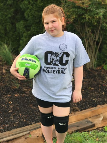Addelinn Welch hasn't let her recent diagnosis of Type 1 diabetes stop her from participating in sports like volleyball.