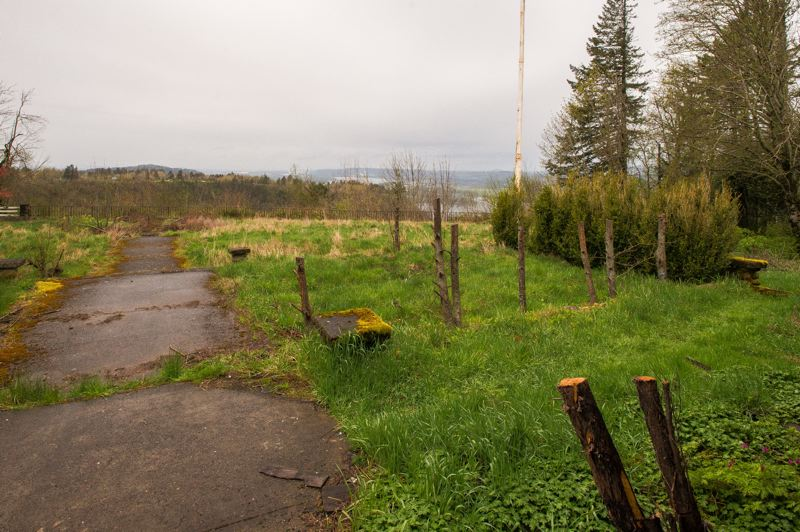OUTLOOK PHOTO: JOSH KULLA - The view northwest toward the Columbia River Gorge from the back of the View Point Inn from which the hotel takes its name.