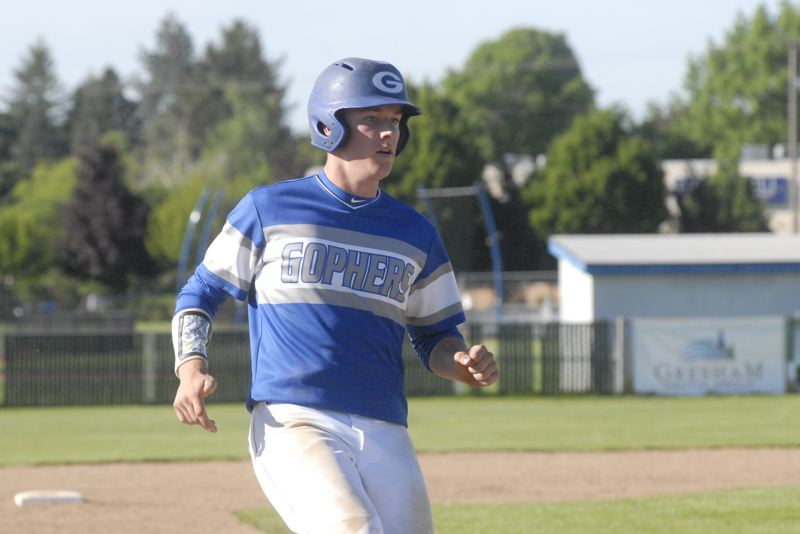 GRESHAM OUTLOOK: MATT RAWLINGS - Austen Carpenter strolls into third base in Gresham's 4-1 win over Sherwood