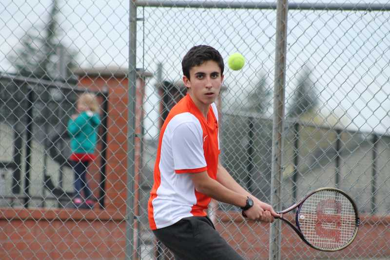 PIONEER PHOTO: CONNER WILLIAMS  - Molalla senior Ramon Lema