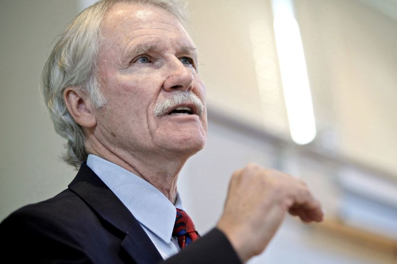 TRIBUNE FILE PHOTO - Former Gov. John Kitzhaber and his First Lady, Cylvia Hayes, recently learned they won't face federal crimnal charges. But now the state ethics watchdog will resume its review of the allegations that led to his resignation in February 2015.