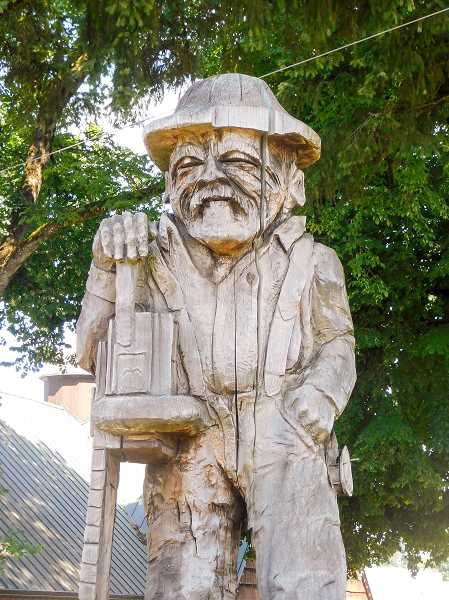 FILE PHOTO - Many citizens have expressed their discontent about the idea of moving Estacadas logger statue to Timber Park. The statue currently stands in front of City Hall.