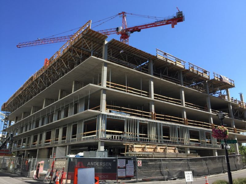 PAMPLIN MEDIA GROUP: CRAIG BOLLEN - The Vista Pearl was formerly known as Block 20.