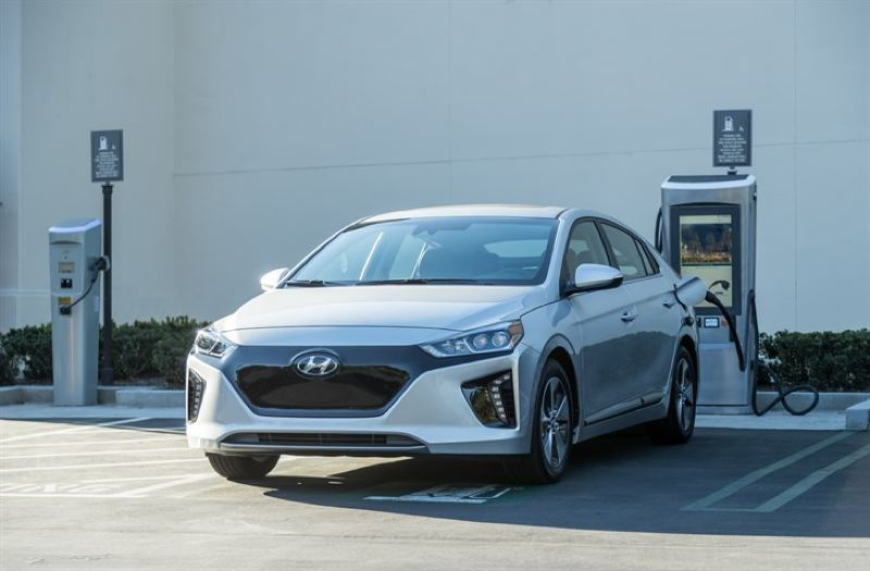 HYUNDAI MOTOR CO. - The 2017 Hyundai Ioniq Electric is a sharp-looking compact with a lot of standard equipment and 124 miles of range on a full charge.