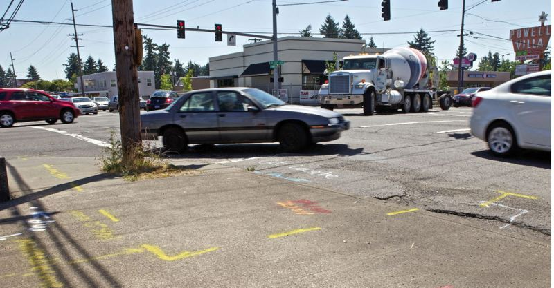 PORTLAND TRIBUNE FILE PHOTO - The intersection of Southeast Powell Boulevard and 122nd Avenue is one of the most dangerous in the state.