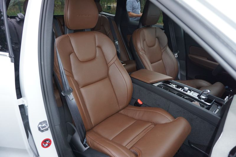PORTLAND TRIBUNE: JEFF ZURSCHMEIDE - Well-designed seats are a trademark of all Volvo vehicles.