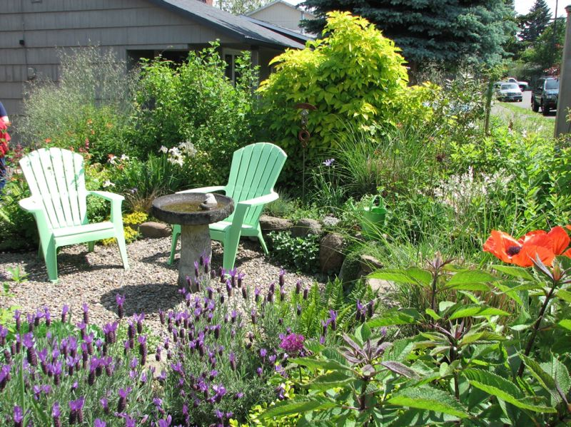 COURTESY: EAST MULTNOMAH SOIL AND WATER CONSERVATION DISTRICT - Naturescaping can turn a small patch of yard into an urban paradise. Find out how to do in a series of free classes.