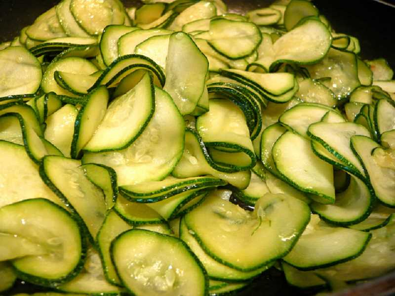 Barb Randall suggests Labor Day weekend might also be a good time to visit a farm stand and purchase produce for pickling or just to create a tasty farm to table dinner. These zucchini are prepared to make Sea Salt and Vinegar Zucchini Chips. Randall shares the recipe today.