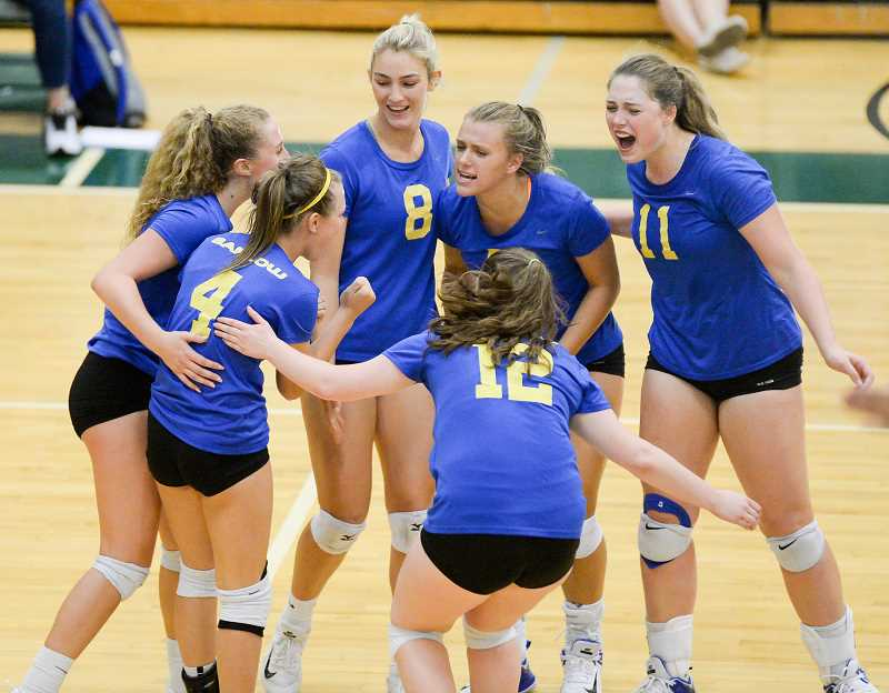 OUTLOOK PHOTO: JOSH KULLA - Barlow defeated Reynolds in prep volleyball Monday 3 games to 0 at Reynolds High School.