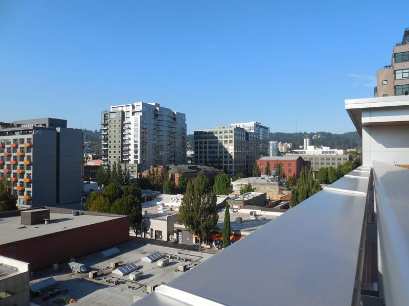 PAMPLIN MEDIA GROUP: JOSEPH GALLIVAN - A new view west of the Pearl Dirtrict, from the Hampton Inn Pearl.