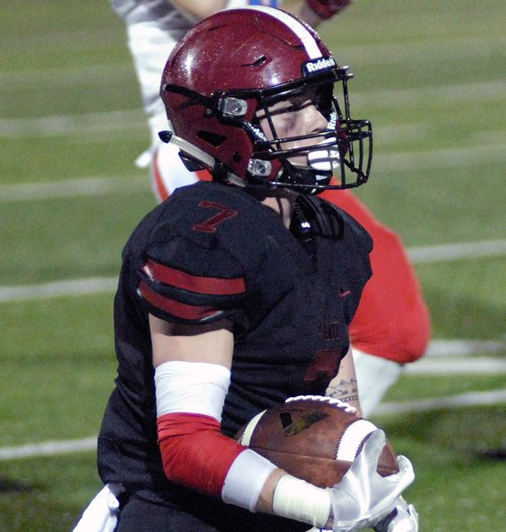 SANDY POST: MATT RAWLINGS - Sandy's Levi Rotzien takes off down the sideline.