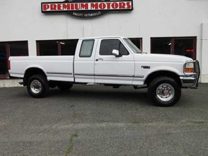 COURTESY OF WASHINGTON COUNTY SHERIFF'S OFFICE - Police are seeking a man driving a truck like this one who is believed to be with a runaway girl.