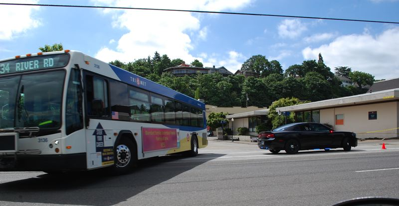 PHOTO BY: RAYMOND RENDLEMAN - Buses coming out of the Oregon City Transit Center will be affected by proposed changes to TriMet service to the Clackamas Town Center area.